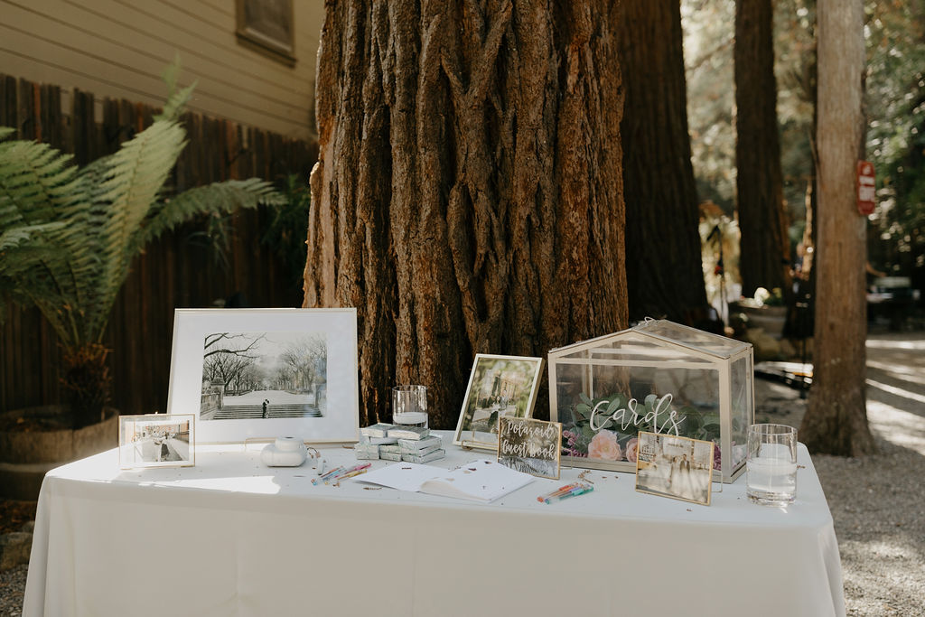 Image of a wedding table planned by MaKenna as she discusses why hire a wedding planner